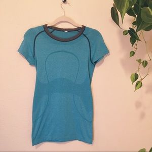 Lululemon Swiftly Tech Short Sleeve Shirt Blue